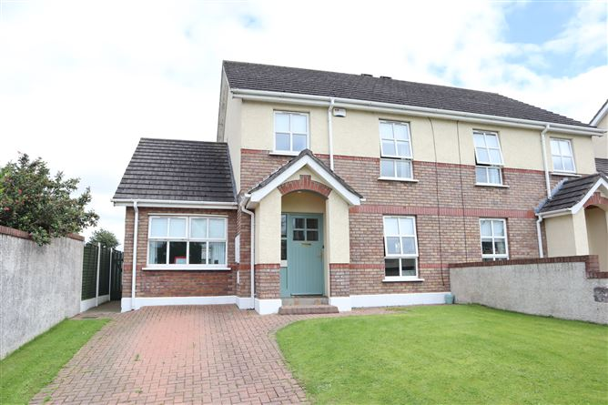Main image for 64 Clonmore, Hale Street, Ardee, Louth