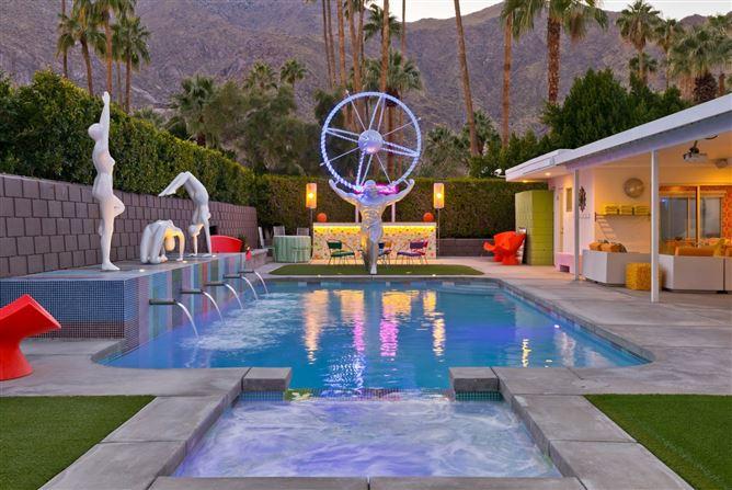 Main image for Warhol and Wine,Palm Springs,California,USA