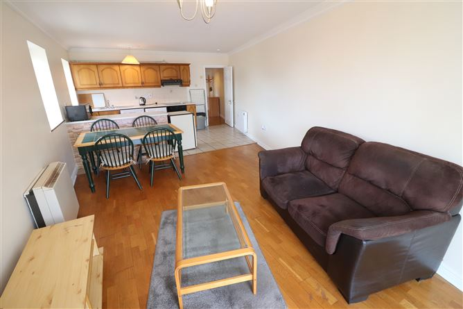 Main image for Apt 3, 21 Cathedral Place, Limerick City