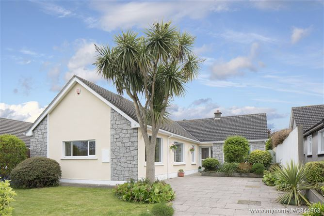 Photo of 11 Carrickbrack Heath, Sutton, Dublin 13