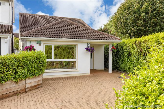 Main image for 255 Delwood Road, Castleknock, Dublin 15, D15 F99W