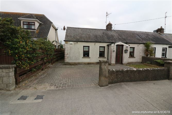 6 Annes Terrace , Bettystown, Meath