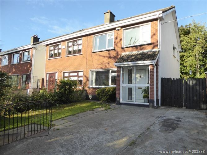 38 Woodvale Crescent, Clonsilla, Dublin 15, D15 XW2Y.
