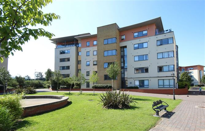 Main image for 158 The Oval, Block O, Tullyvale, Cabinteely, Dublin 18