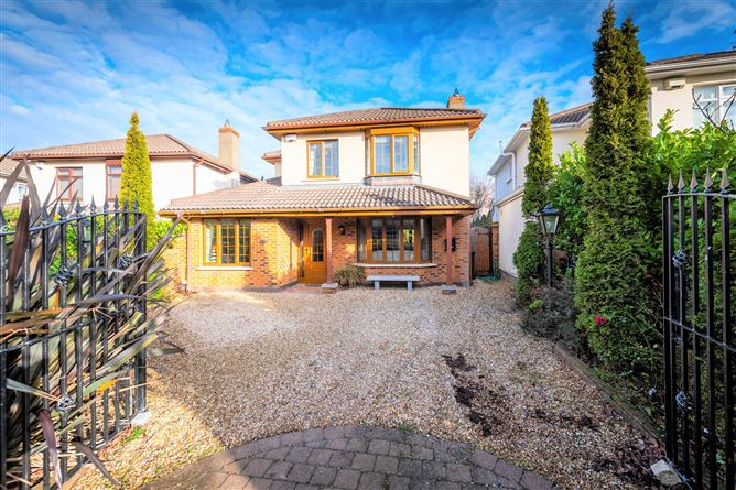 Main image for 27 Carysfort Grove, Blackrock, County Dublin