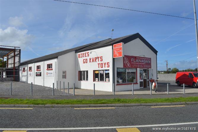 Tulsk Village, Tulsk, Roscommon
