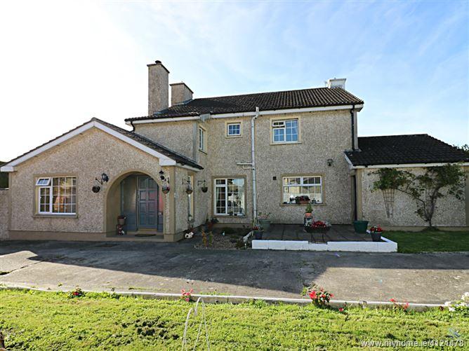 46 Dunbane, Carrick-on-Suir, Tipperary