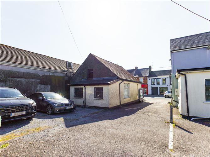 Main image for Main Street, Carrigaline, Cork, P43KV18