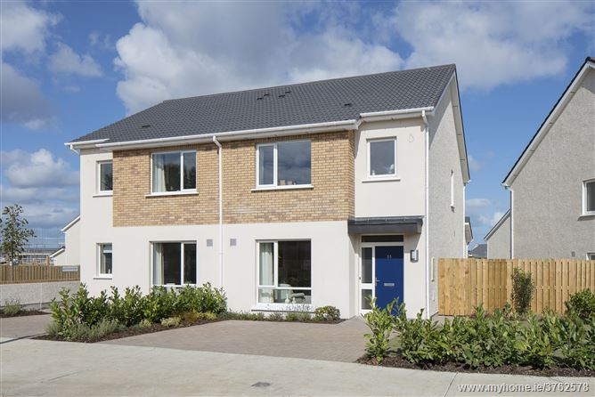 Ashfield, Ridgewood, Swords, Co. Dublin. Brand New 3 Bedroom Semi-Detached Houses (Type B1).