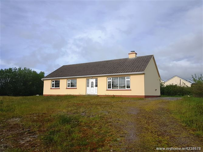 Ref 656 - Bungalow at Ballintleave, Glenbeigh, Kerry