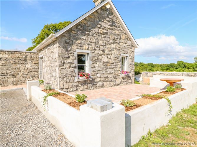Main image for Shannonvale Cottage,Shannonvale Cottage, DROMINEER, NENAGH, CO. TIPPERARY, E45 HH64, Ireland
