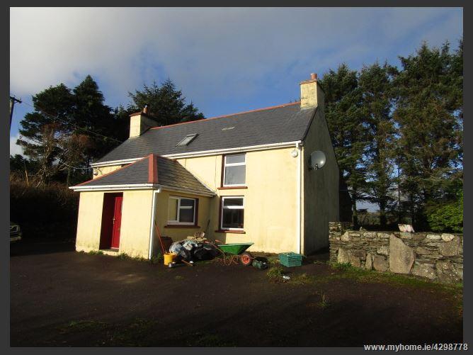 Main image for CARHOOGARRIFF, , Leap, West Cork