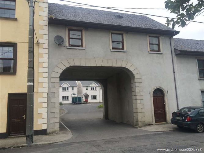 3 Bedroom Apartment at Burke Street, Fethard, Tipperary