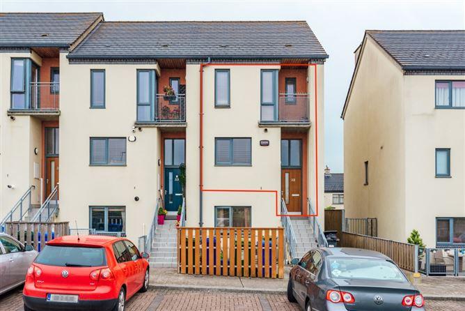 Main image for 32 Rosconnell Street, Newbridge, Kildare, W12 K310