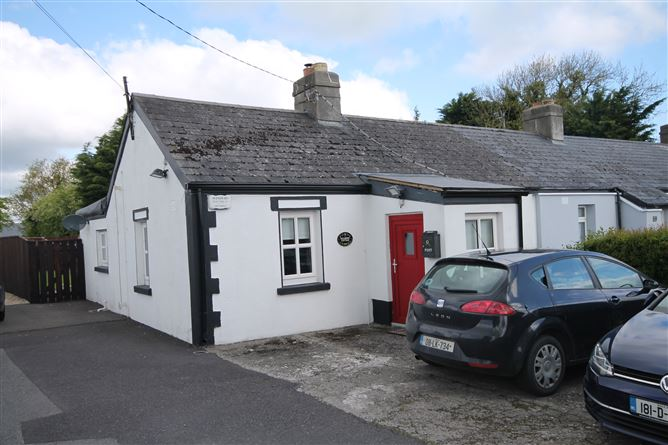 Main image for Mulberry Cottage, Raheens, Caragh, Naas, Kildare, W91RX3K