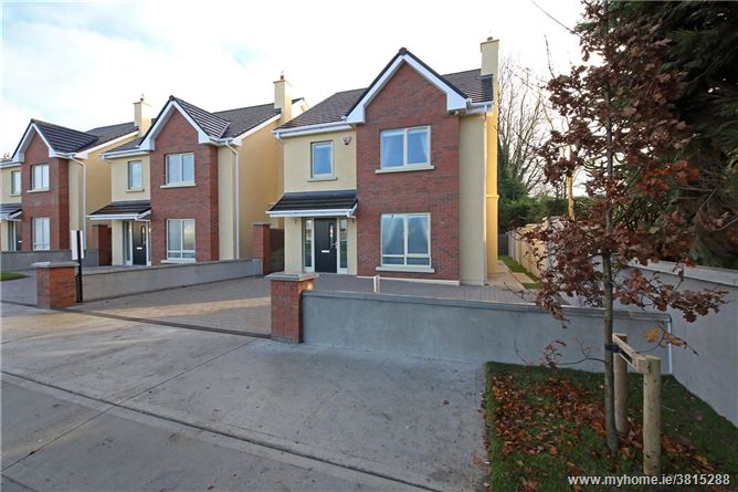 4 Oak Grove, Derrinturn, Co Kildare