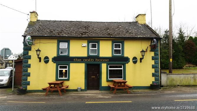 "Main image of ""The Auld House"", Kilamery, Via Carrick on Suir, Via Kilkenny"