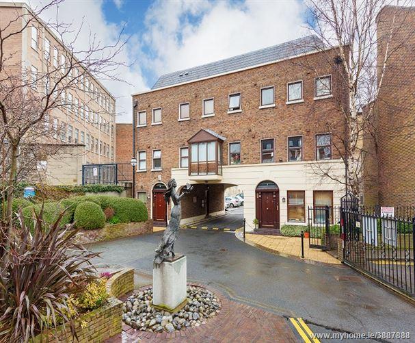 Photo of 4 Windsor Court, Lower Pembroke Street, South City Centre, Dublin 2