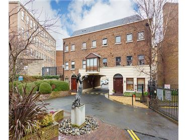 Photo of 4 Windsor Court,Lower Pembroke Street , South City Centre, Dublin 2