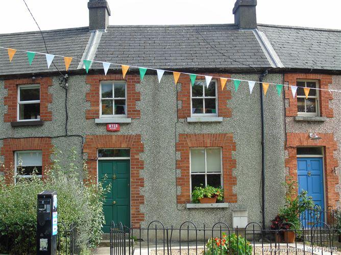 6 Sarsfield Terrace, Lucan, Dublin