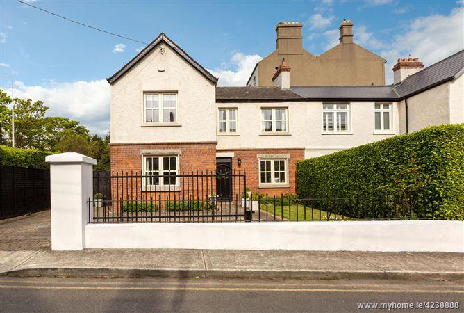 5 Eaton Square, Monkstown,   County Dublin
