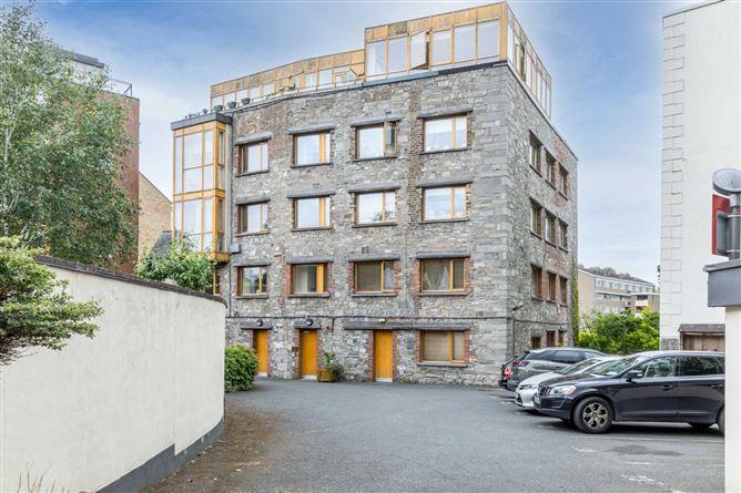 Main image for 257 Fairbairn House, Dublin 8, Islandbridge