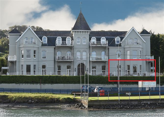 6 The Grand, Crosshaven, Cork
