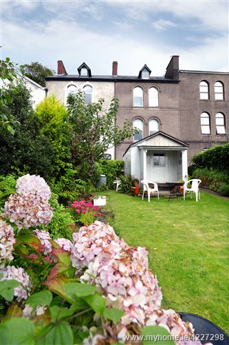 4 Rockview Terrace        , Montenotte, Cork