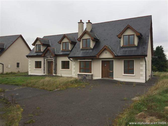 12 Residential Properties at Quay West, Cootehall, Roscommon