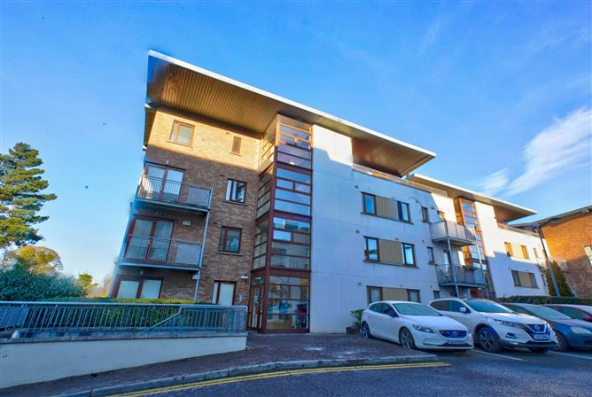 Main image for Apartment 27, Marlay House, Taylors Hill, Dublin 16, Rathfarnham