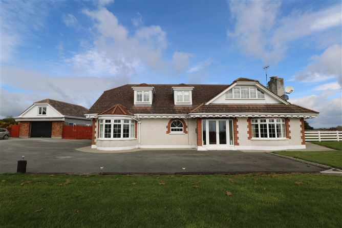 Main image for Heather Lodge, Fieldstown, Monasterboice, Drogheda, Louth