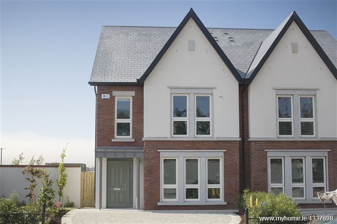 21 Ashwood Hall, The Back Road, Malahide,   County Dublin