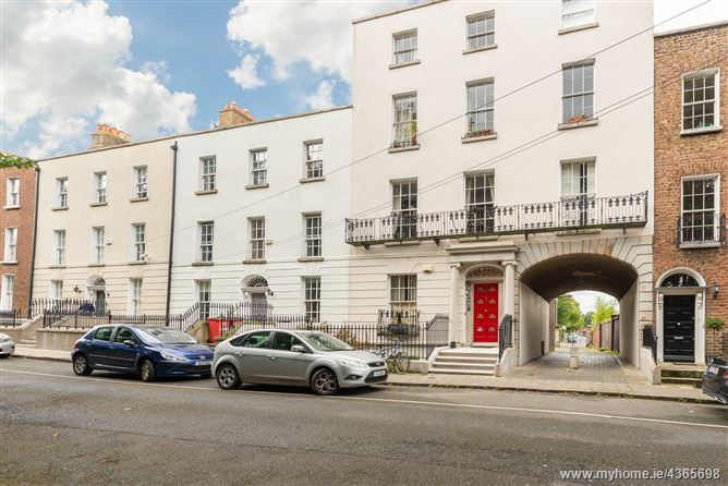Main image for Apt 4, 31 Mountpleasant Square, Ranelagh, Dublin 6
