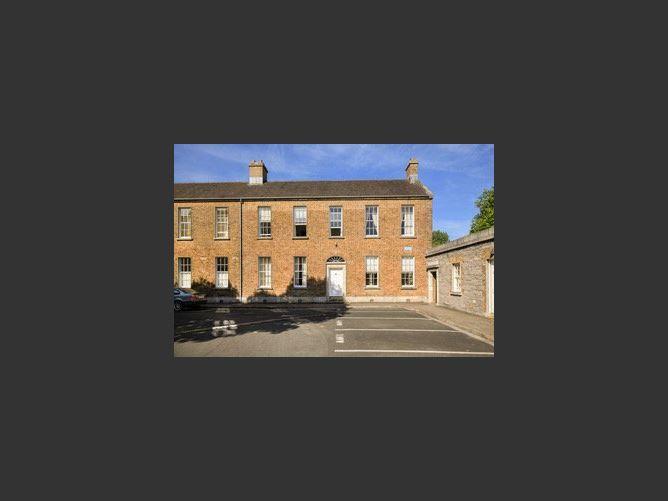 Main image for 3 The Square, Beggar's Bush, Ballsbridge, Dublin 4