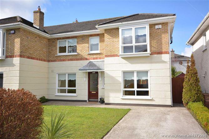 Main image for 39 Riverwood Gardens, Castleknock, Dublin 15