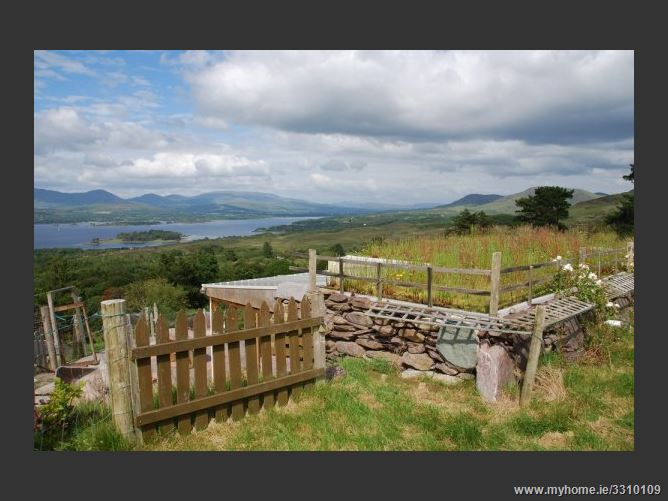 Main image for Cosy wheatfield,Kenmare, Kerry