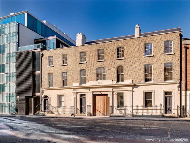 Prime Penthouse Suite, 51 - 54, Pearse Street, Dublin 2
