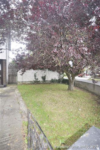 Main image for 1 Ashfield Close, Clondalkin, Dublin 22