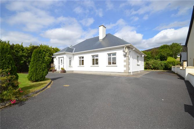 Main image for Bangor Erris, Ballina, Co Mayo, F26 R7F4