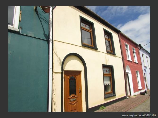 9 Albert Tce., Cobh, Cork