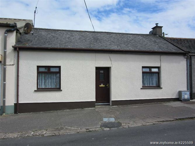 Main image for 12 Wolfe Tone Road, Dungarvan, Waterford