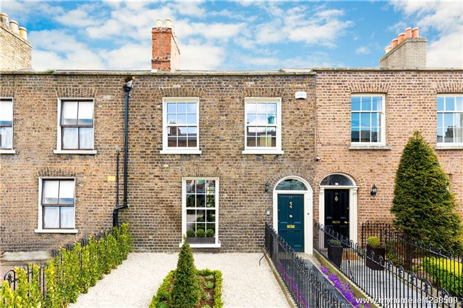 11 Mountpleasant Avenue Lower, Ranelagh, Dublin 6, D06 KX38
