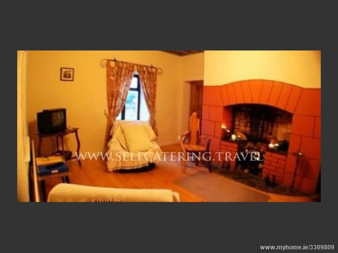 Main image for Derryhippo Cottage,Creggs, Roscommon