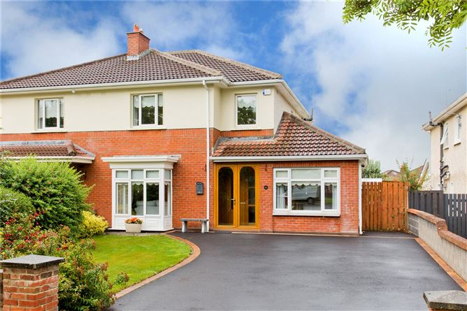 Main image for 6 Woodstown Court,Knocklyon,Dublin 16,D16 X902