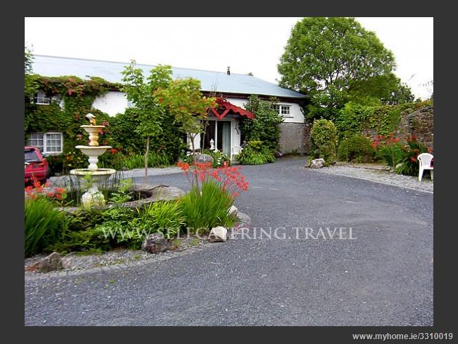 Main image for Caheroyan Cottages,Athenry, Galway