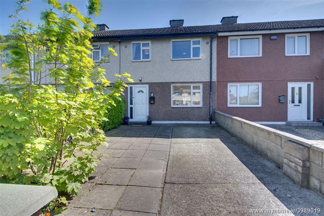 6 Moreen Lawn, Sandyford,   Dublin 18