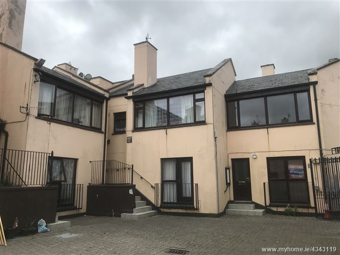 Main image for 5 Pembroke Street , Tralee, Kerry