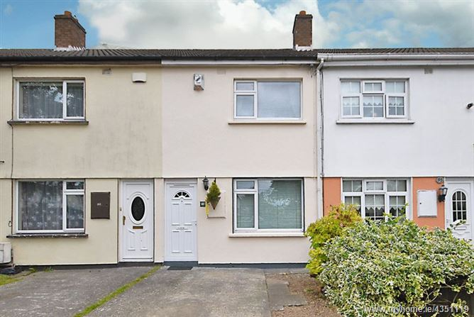 94 Huntstown Wood, Clonsilla, Dublin 15, D15 V58A.