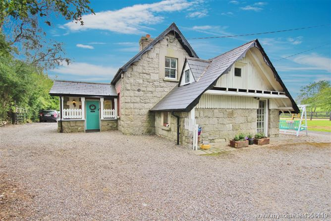 CNOC RUA, Dormer Granite Cottage and stables, On c. 1.3 acres / 0.52 Hectares, Knockrue, Hollywood, Co. Wicklow. W91 A5N4, Hollywood, Wicklow