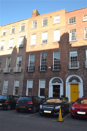 Main image for 11 Hume Street, South City Centre, Dublin 2